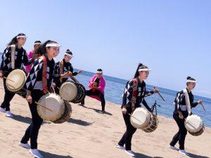 『アース・セレブレーション2020』のあの感動をもう一度見たくなる! 人気太鼓芸能集団『鼓童』の日々の裏側に迫ります!