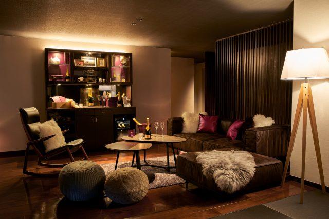 【期間限定】KRUG × bar hotel箱根香山 がコラボ!世界でたった一室の「Room K by bar hotel 箱根香山」でフリーフローを楽しみながらクリュッグの世界に浸りませんか?