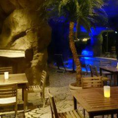 Enoshima Cave Café